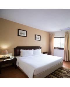 ห้องพักรวมอาหารเช้า 1 คืน โรงแรม ไนท์ บาซ่าร์ เพลส เชียงใหม่